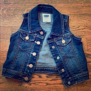 Old Navy Jean vest in 2T